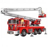 Конструктор Пожарен камион 751 части