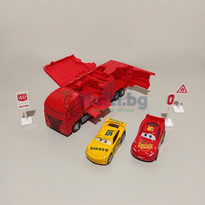 Камион Cars с колички